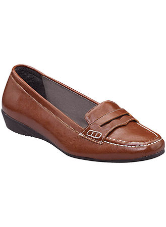 Main Gianna Casual Slip-on Loafer