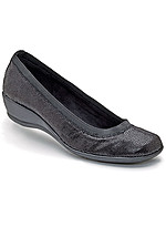 Product Review Soft Style® Rogan Slip-on Wedge