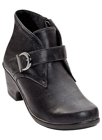 Main Easy Street® Banks Ankle Bootie