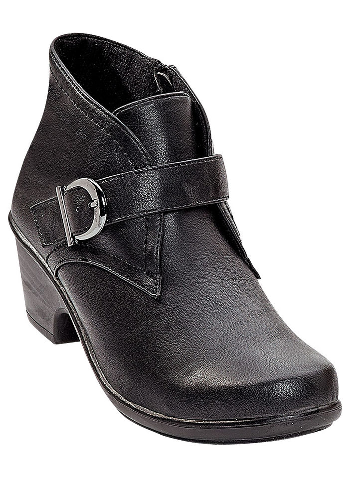 Easy Street® Banks Ankle Bootie