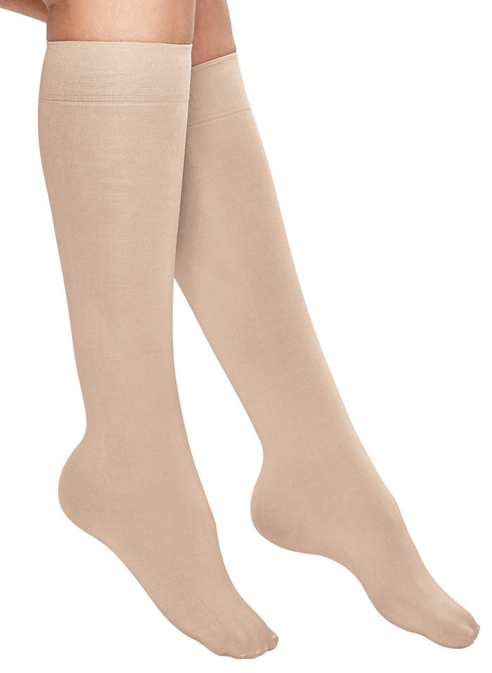 No-Run Moderate Compression Knee-Highs