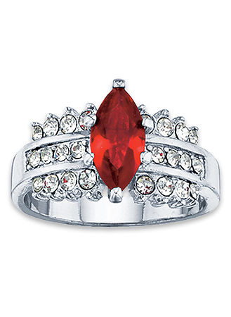 Main Merlot Marquise Ring