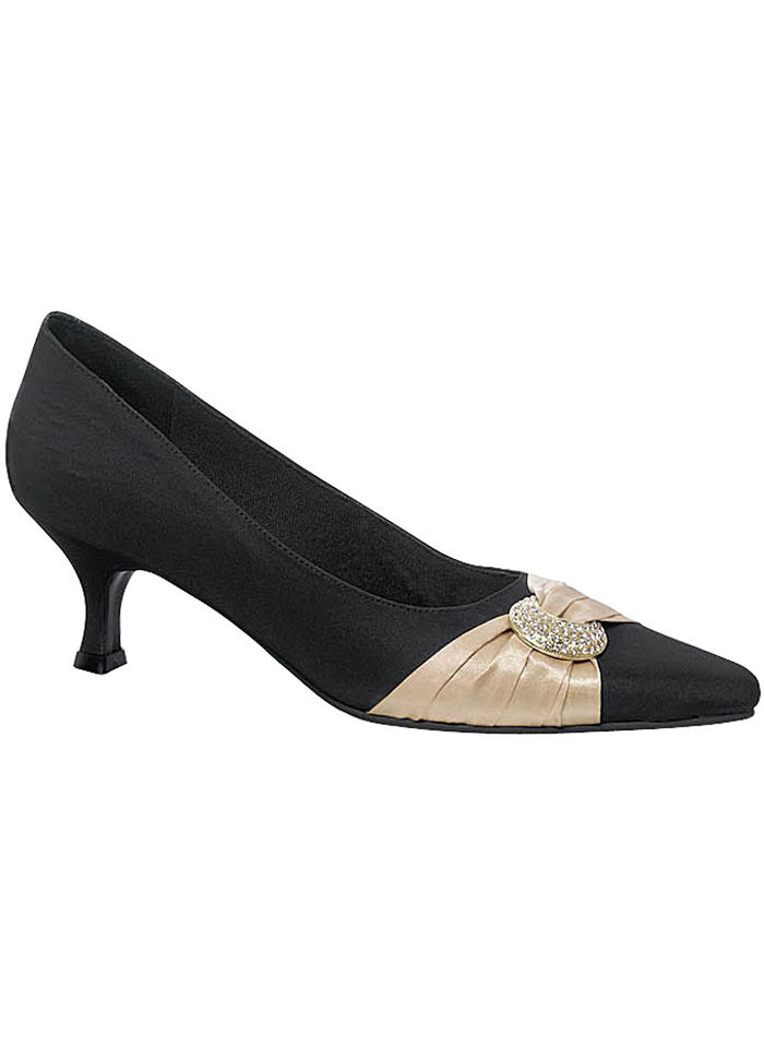 Sandy Pointed-Toe Pump