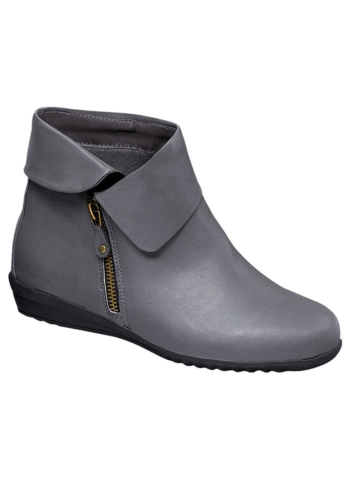 Sofwear® Nelly Boot