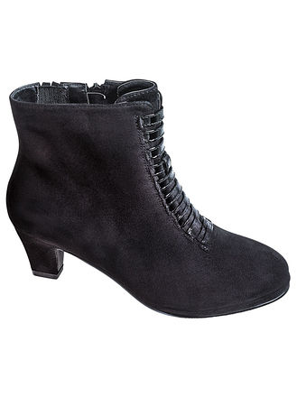 Main Catalina Ankle Bootie